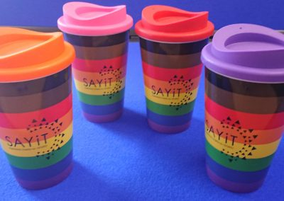 SAYiT travel mugs